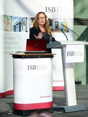 """Andrea Lange auf dem ISB-Unternehmerinnentag, """"Erfolgsfaktor Selbstmarketing: Präsentieren und Auftreten"""" (Workshop)"""